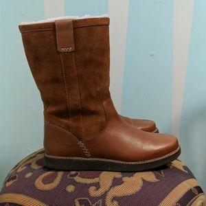 Clark's Glick Elmfield tan boot 8.5